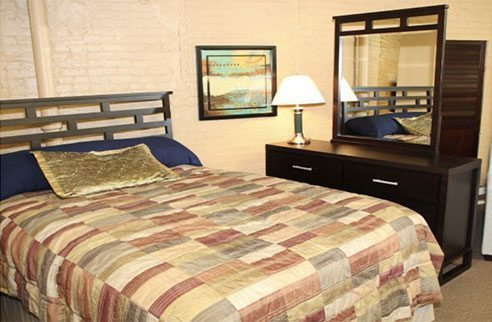 Pittsburgh Furniture Leasing bedroom