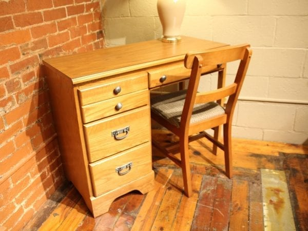 Creekside Student Desk & Chair available for lease at Pittsburgh Furniture Leasing