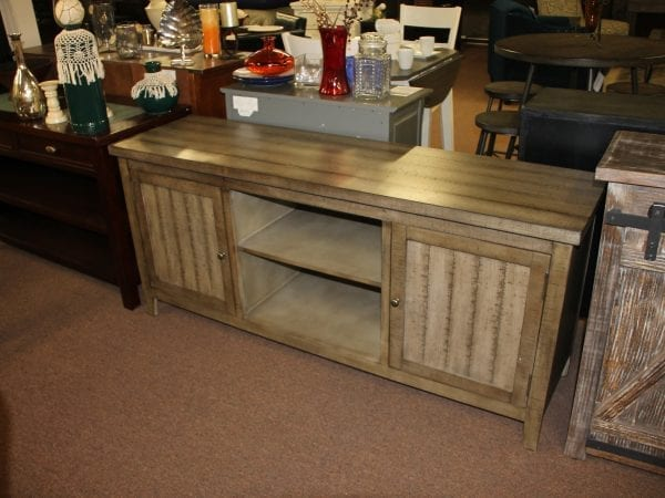 Farmhouse Tv Console00001